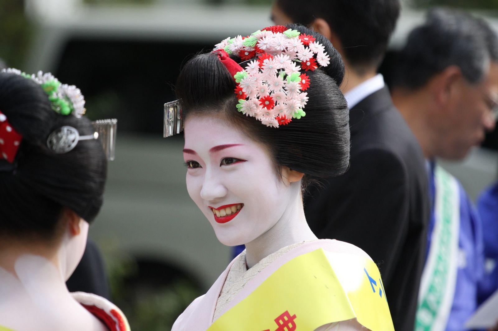 ролики японские гейши