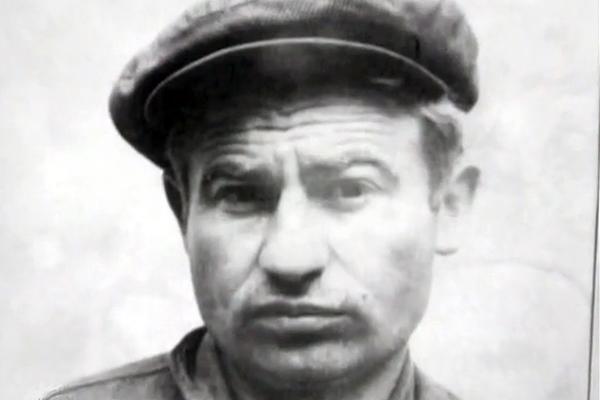 Картинки по запросу Павел Жуков. «Наполеончик» против высоких людей. фото
