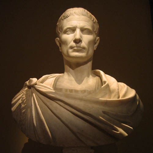 5 самых известных женщин Цезаря