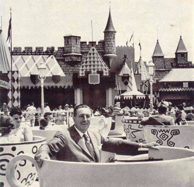 the history of the disney company Disneyland's history walt disney was 53 when he dedicated disneyland even though walt disney wasn't able to see how his park and his company prospered.