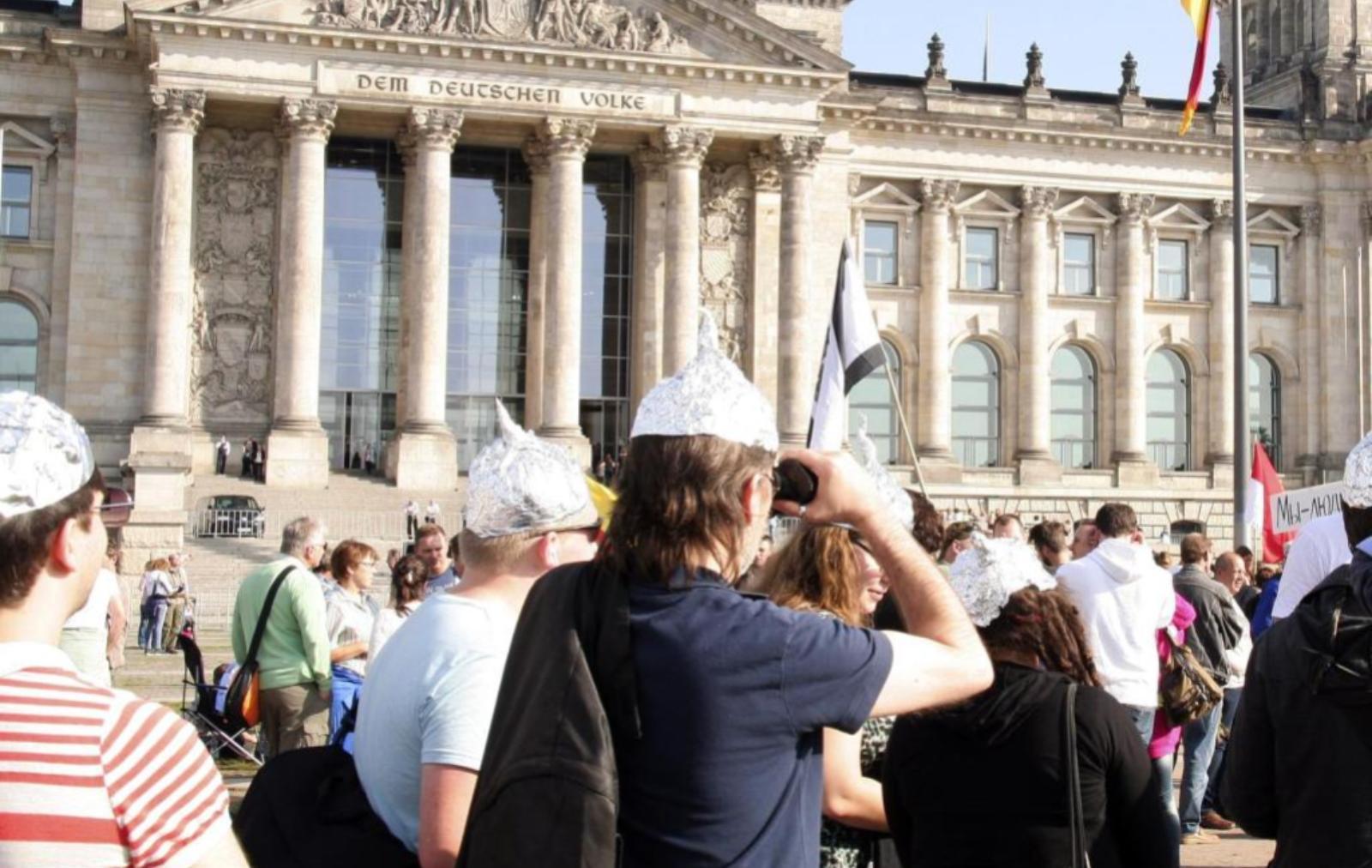 Рейхсбюргеры - движение немецких неонацистов - Статьи