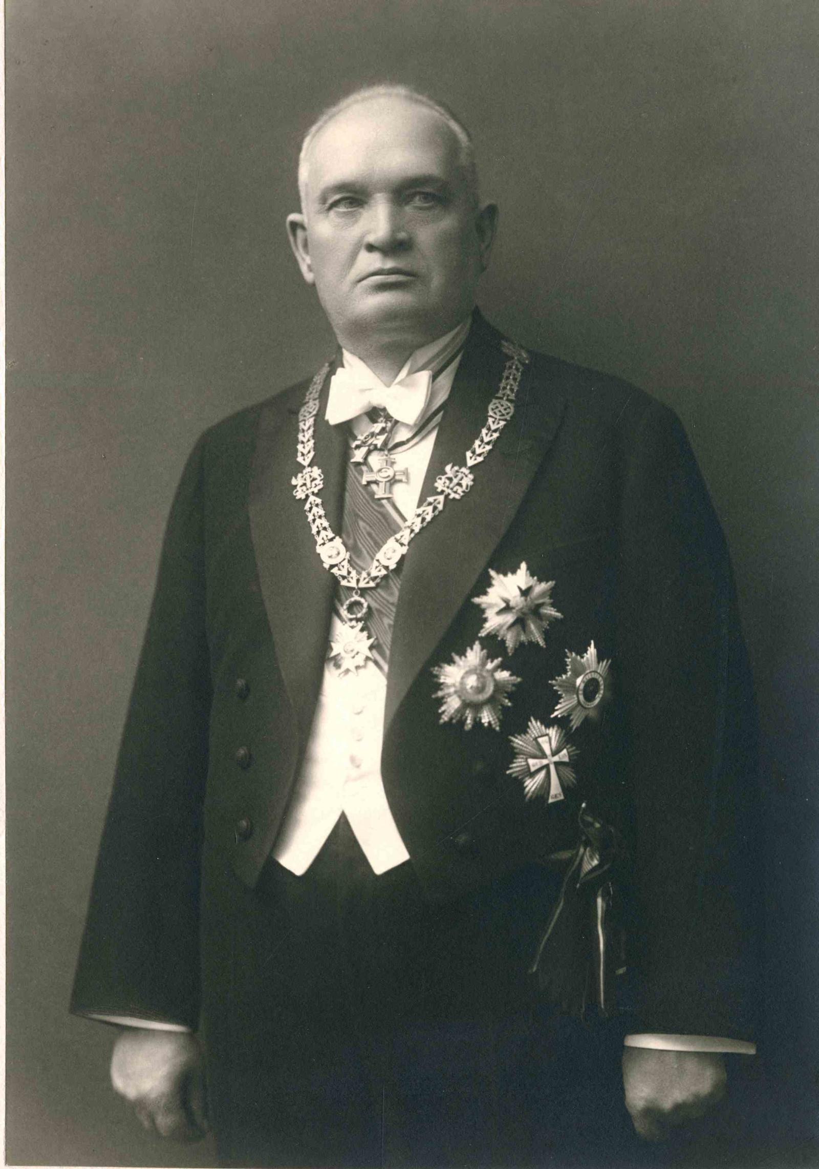 Константин Пятс.