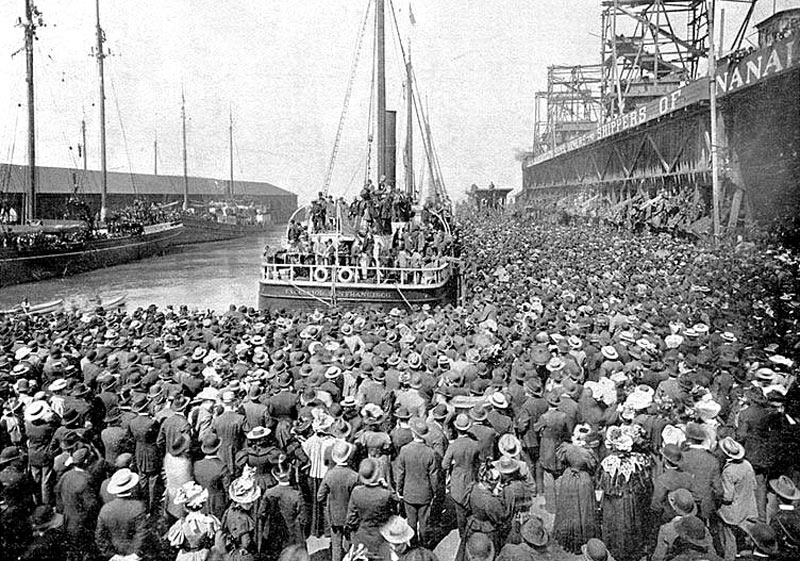 Пароход Excelsior отправляется из Сан-Франциско в Клондайк, июль 1897.