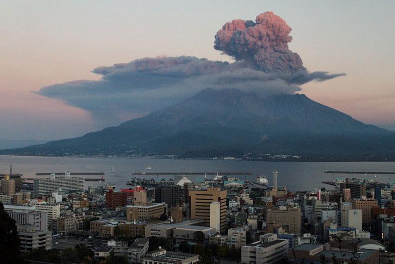 Вулкан Сакурадзима.