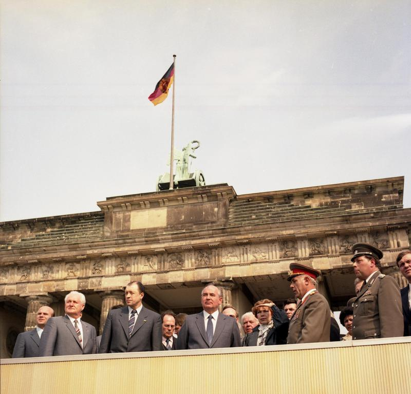 Gorbachev at the Brandenburg Gate in 1986 during a visit to East Germany.jpg