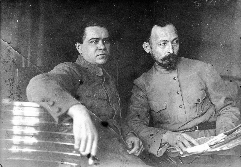 Яков Петерс и Феликс Дзержинский. <br>