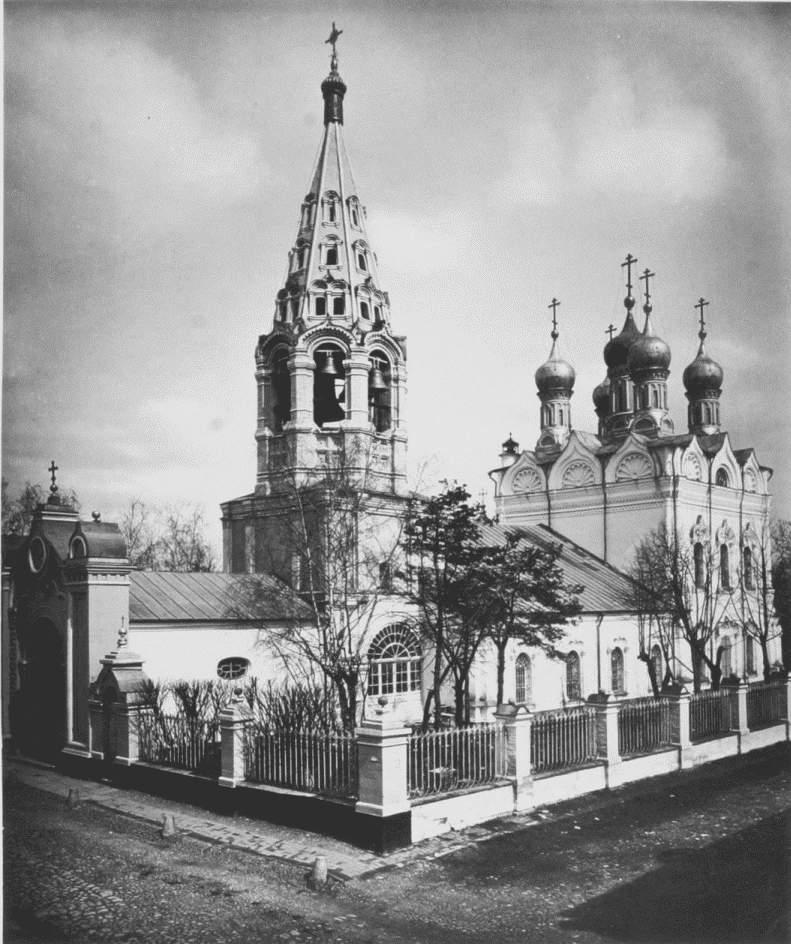 Храм Преображения Господня на Песках в 1882 году.JPG