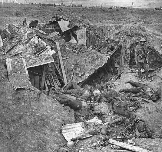 Тела немецких солдат, сентябрь 1916.jpg