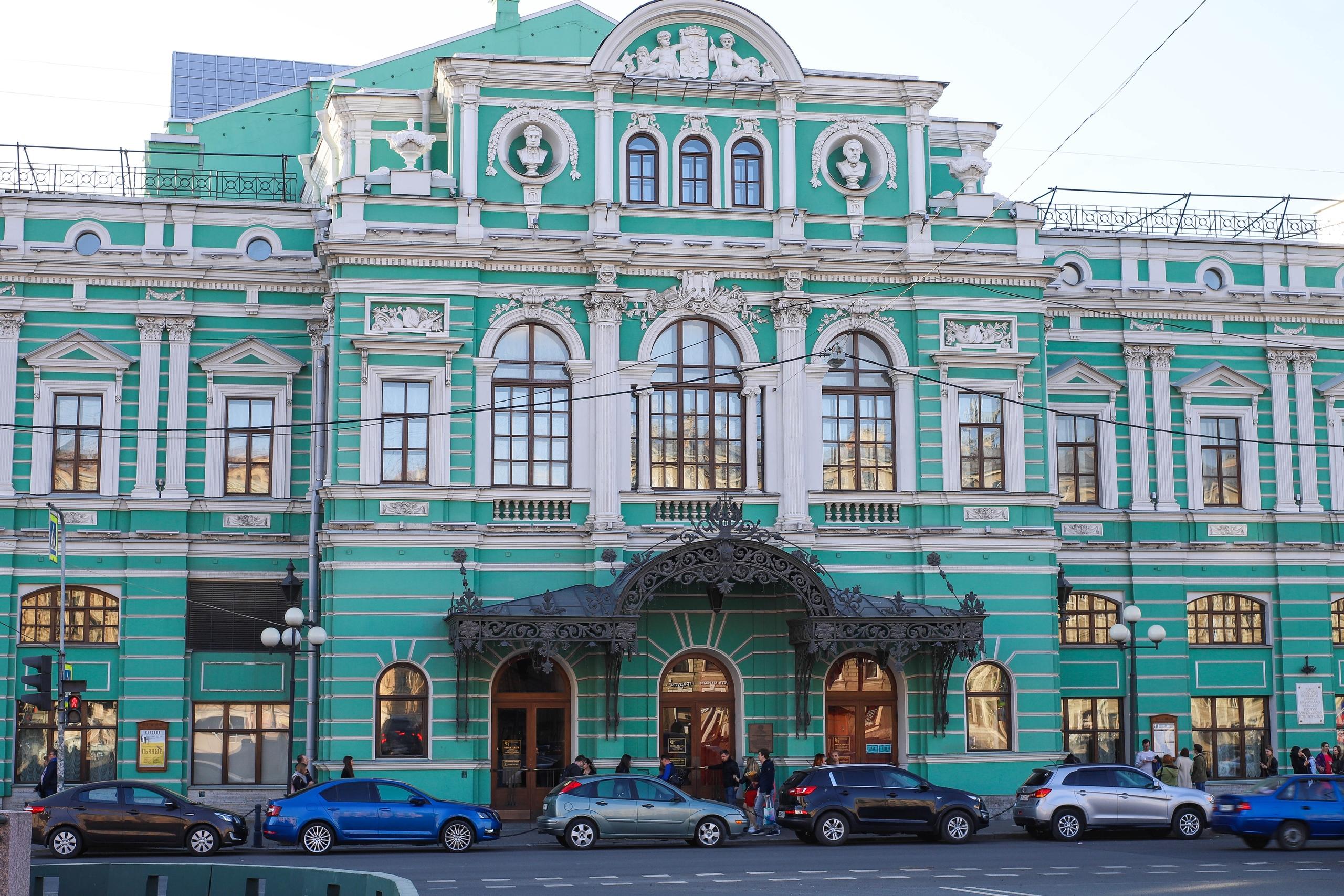 Страсть Алексея Суворина — Малый театр.