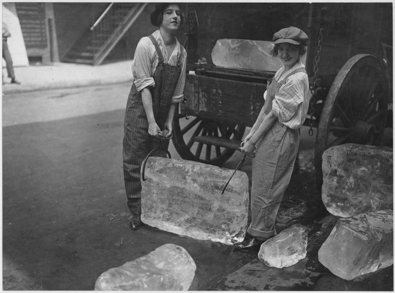 Доставка льда в Первую мировую войну.