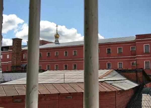 Вид из камеры Владимирской тюрьмы. 2008 год.