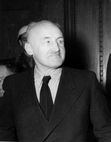 фото 4 Штреи?хер во время Нюрнбергского процесса.jpg