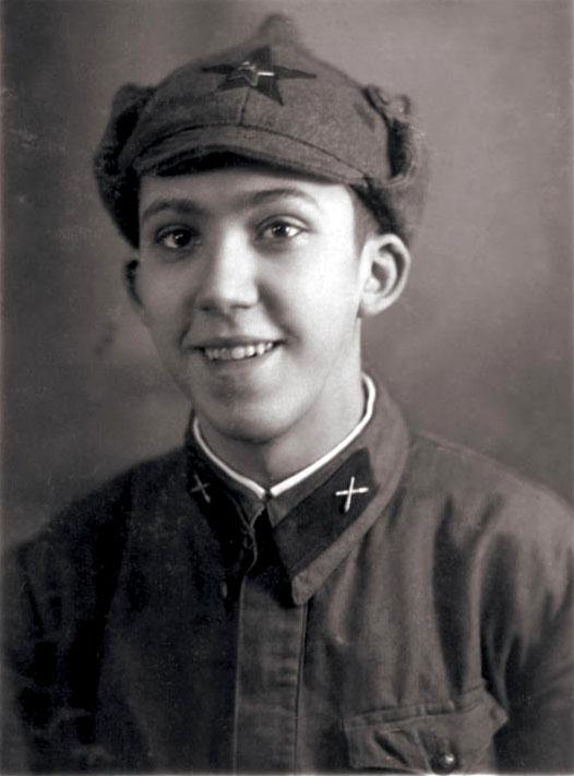 Красноармеец_Юрий_Никулин,_1939-1940_гг.jpg