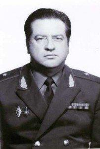 Борис Соловьев.