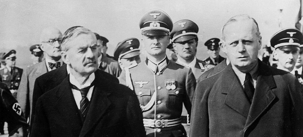 А. Н. Чемберлен и И. Риббентроп, 1938.