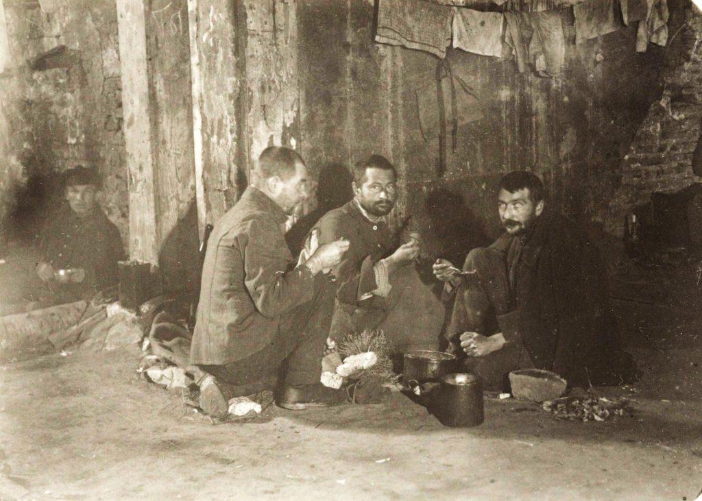 Русские эмигранты в Стамбуле, 1920— 1923.