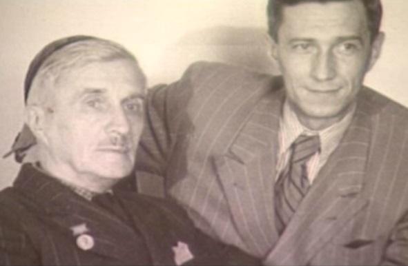 С сыном Михаилом.