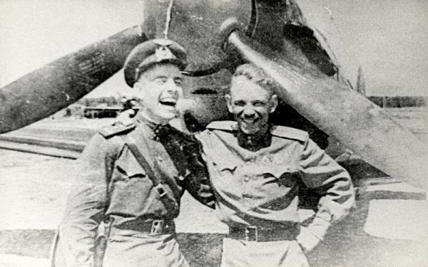 Борис Ковзан и Филипп Леонов, 1943 год.