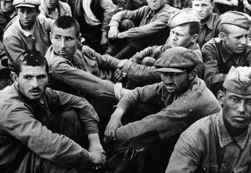 Советские военнопленные. <br>