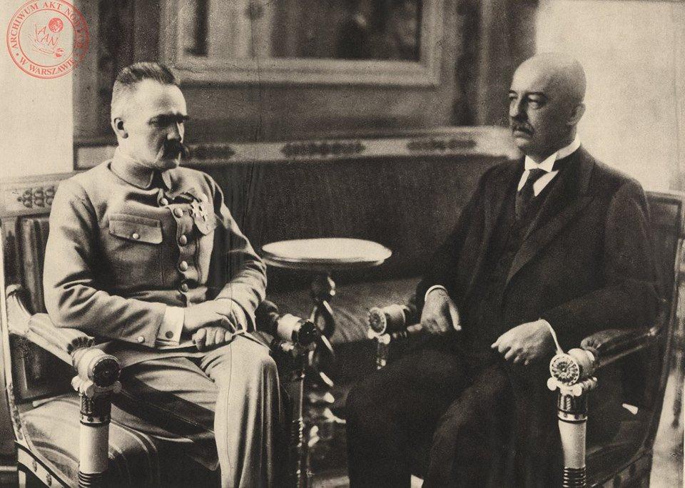 Пилсудский и Нарутович. Источник: twitter.com