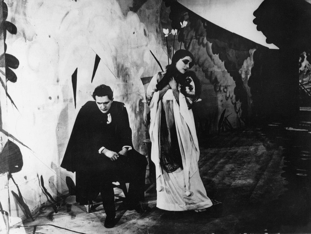 Кадр из фильма «Кабинет доктора Калигари», режиссер Роберт Вине.