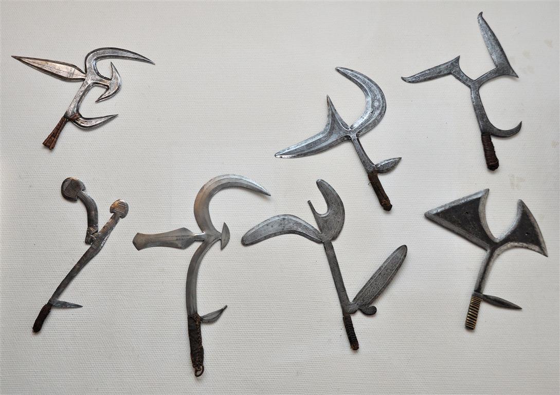 Фото 1. Виды африканских метательных ножей.jpg
