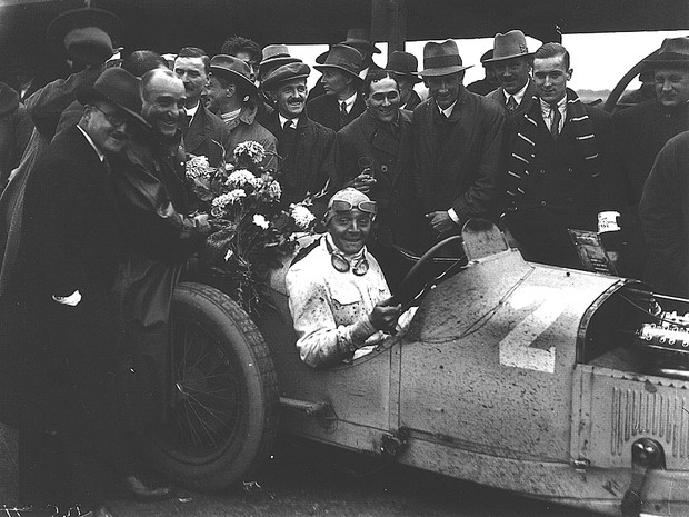 _1927_british_gp_brooklands_.jpg