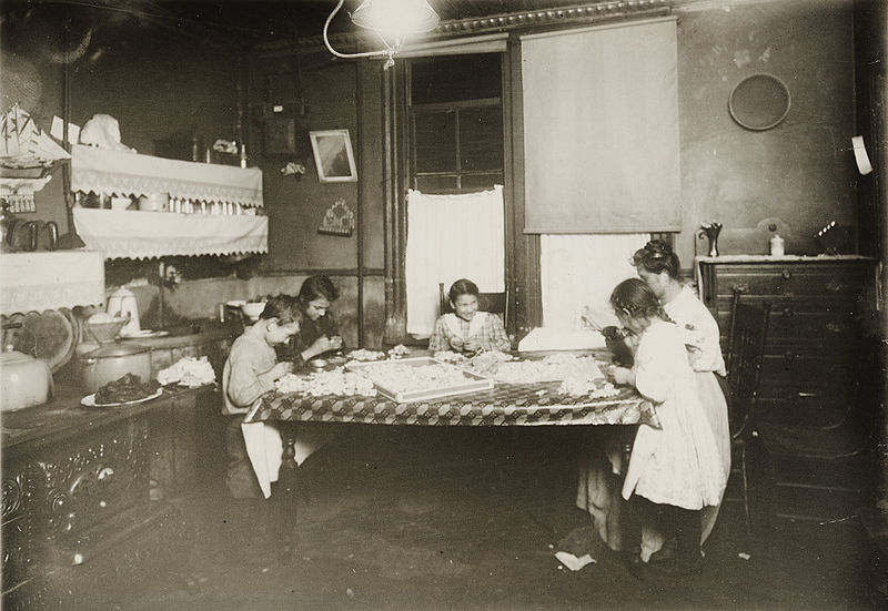 800px-Child_Labor_in_United_States_1912a.jpg