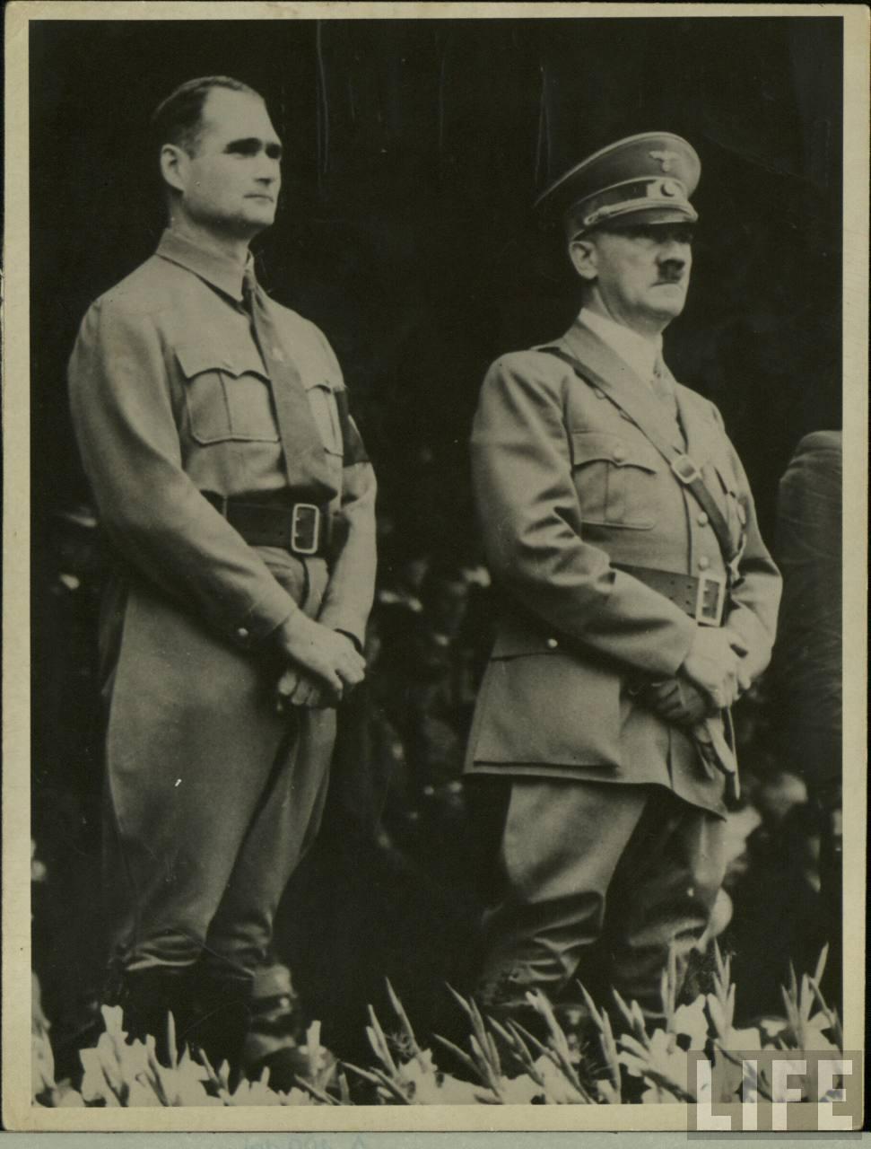 Гитлер и другие гомосексуалы
