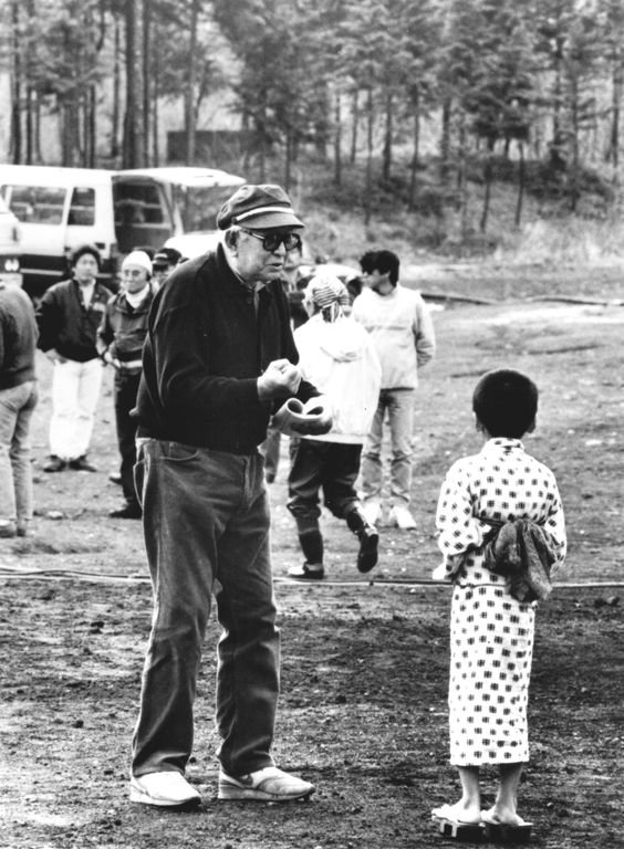 30_Akira Kurosawa on the set of Dreams.jpg