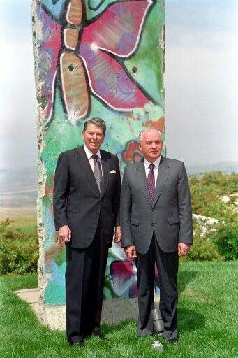 Reagan & Gorbachev at the Berlin Wall..jpg