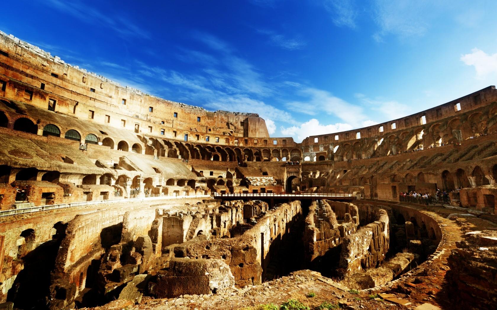 Созданный в 1 веке нашей эры колизей самый большой егэ