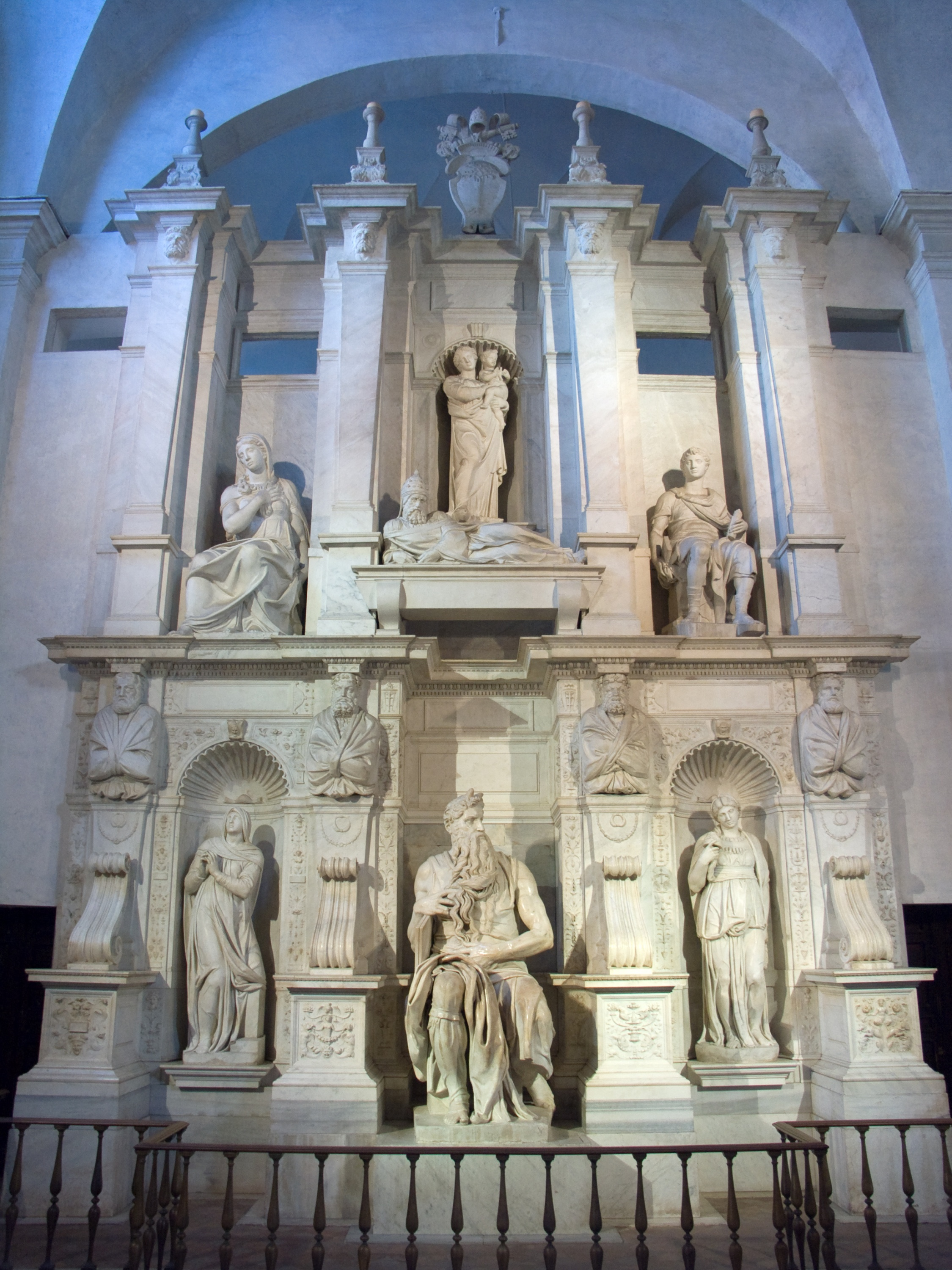 michelangelos tomb projects and inspiration essay Michelangelo's renovation of the capitoline hill: artistic projects had greatly declined michelangelo's tomb for pope julius ii.