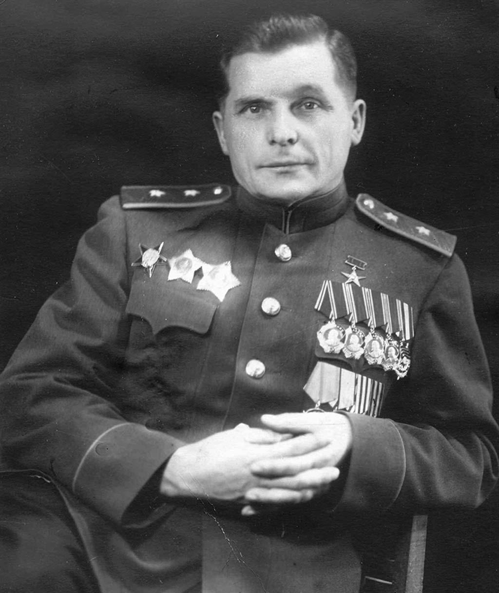 Сергей Владимирович Ильюшин [1894 — 1977].