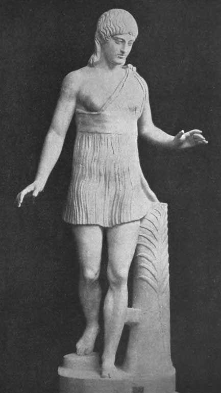 Античная статуя, изображающая участницу Гереид.