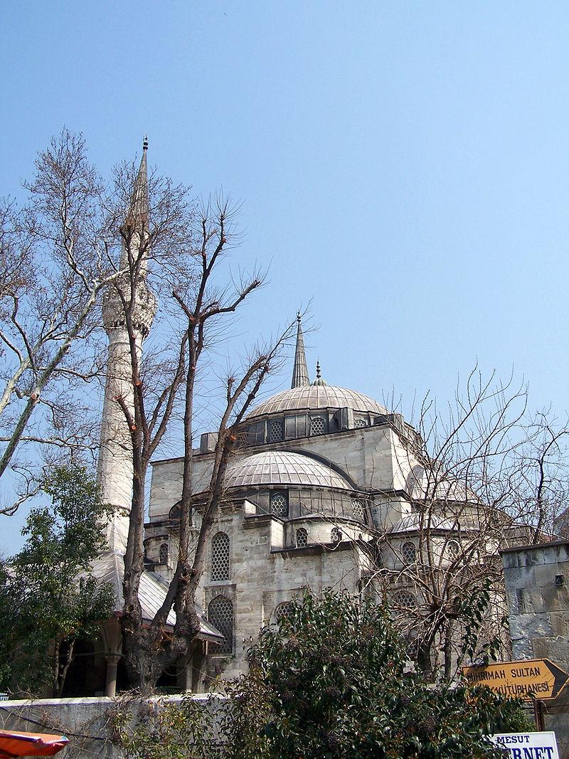 Мечать Михримах-султан в Ускюдаре.jpg