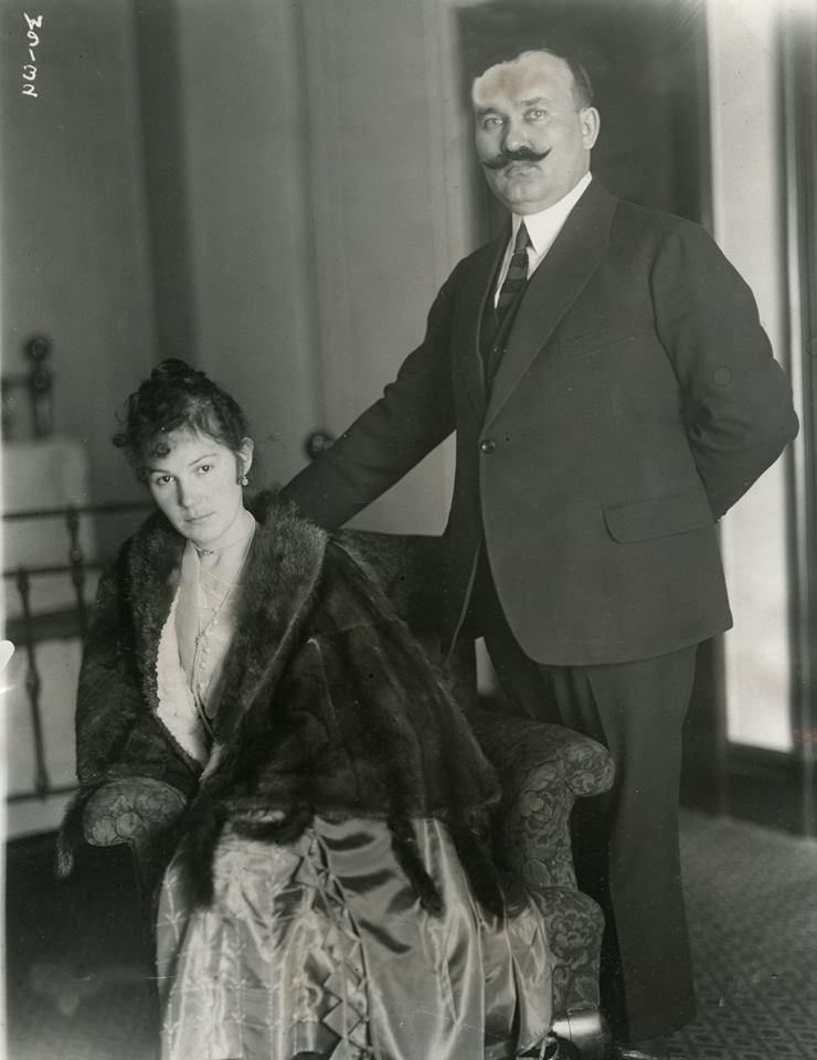 С женой вэмиграции, 1922.