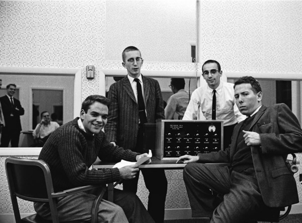 the experiments and conclusions of stanley milgram and solomon asch on the flaws of the human mind i An experiment by the social psychologist solomon asch where he determined experiment conducted by stanley milgram to test participation of the human mind.