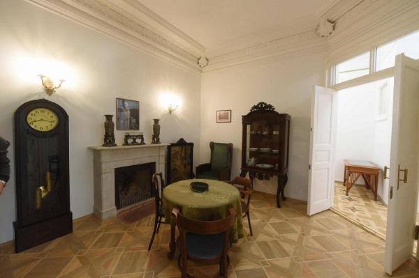 Музей-квартира Алексея Толстого.