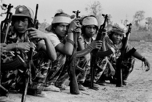 Молодые новобранцы «Кхмер Серей» (Свободные Кхмеры).jpg