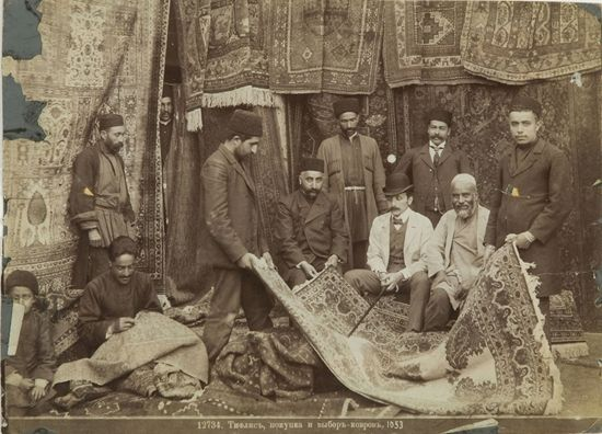 Dmitri Ermakov. Muslim Sellers of Carpets. 1900s. photo Dmitry Ermakov.jpg