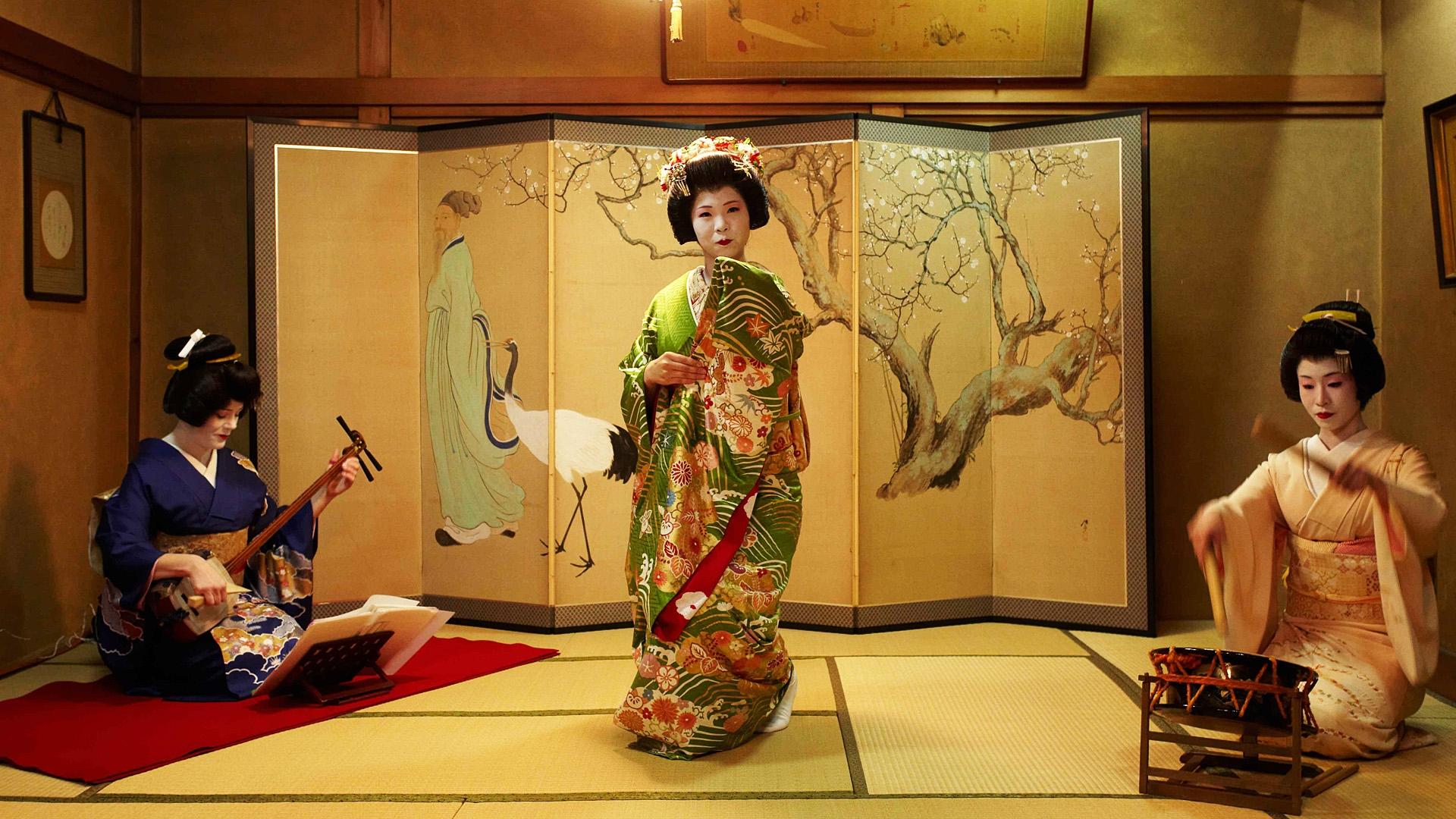 Сэкс на троих гейши фото 412-827