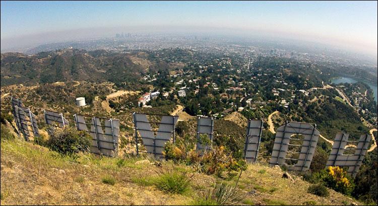 Вид на Лос-Анджелес с Голливудских холмов.jpg