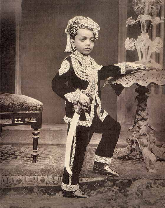 31 Three Unindentified Young Princes of India - circa 1890.jpg