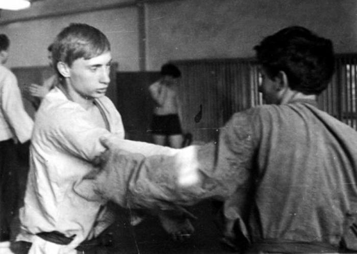 Путин на тренировке.