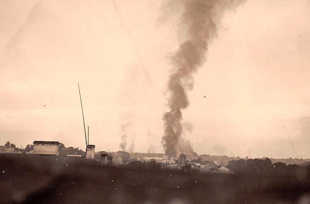 Горящая цитадель, 1939 г.