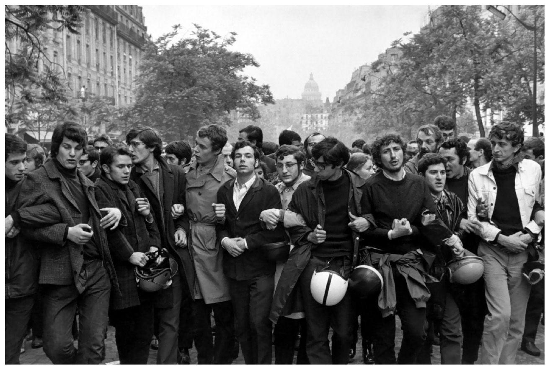 Уличные выступления в мае 1968 года.