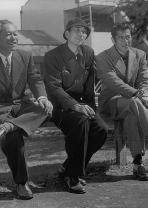 11_Akira Kurosawa with his two most frequently-used lead actors Takashi Shimura and Toshiro Mifune.jpg