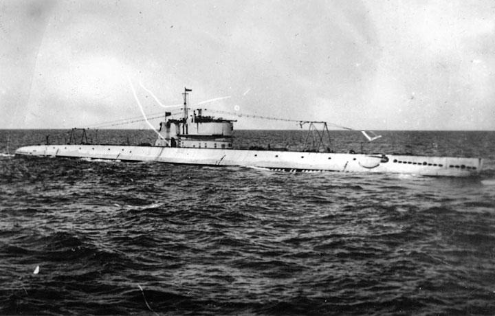 Подводная лодка Д-4 «Революционер».