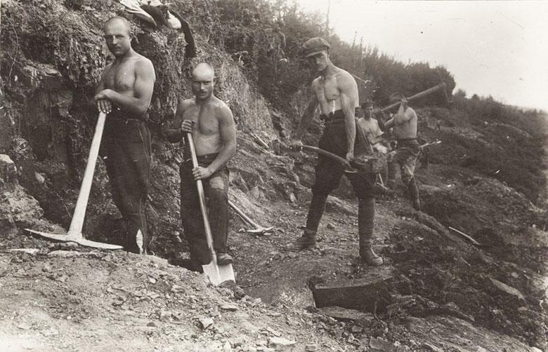 Эмигранты на работах вБолгарии, 1921.